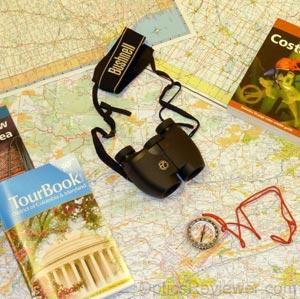 A Compact Travel Binocular